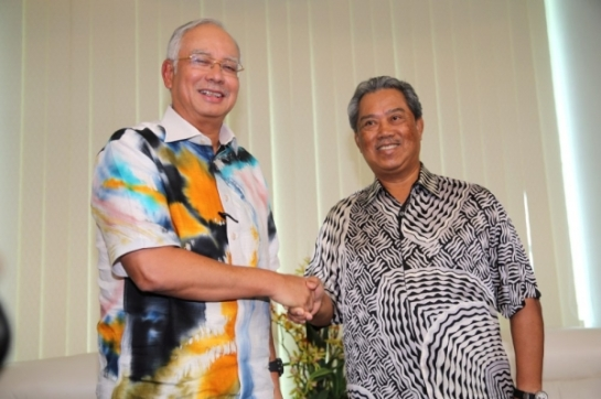https://biswardihasbi.files.wordpress.com/2014/06/najib-dan-muhyiddin.jpg?w=545