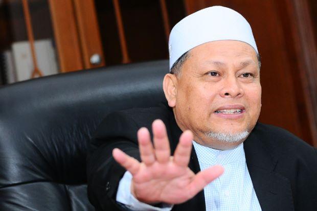 Datuk Mohd Amar Nik Abdullah.jpg